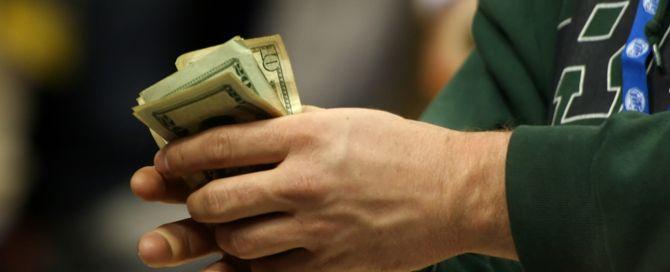 La UPTA recomienda subir las cotizaciones de los autónomos