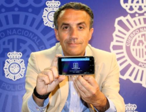 Entrevista a @policia: Carlos Fernández Guerra nos cuenta la historia de un éxito en Twitter