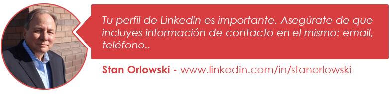 Tu perfil de LinkedIn es importante. Asegúrate de que incluyes información de contacto en el mismo