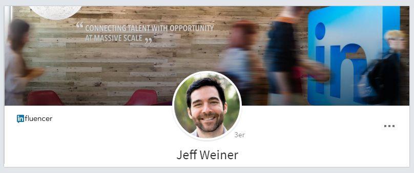 Ejemplo fondo de LinkedIn: Jeff Weiner